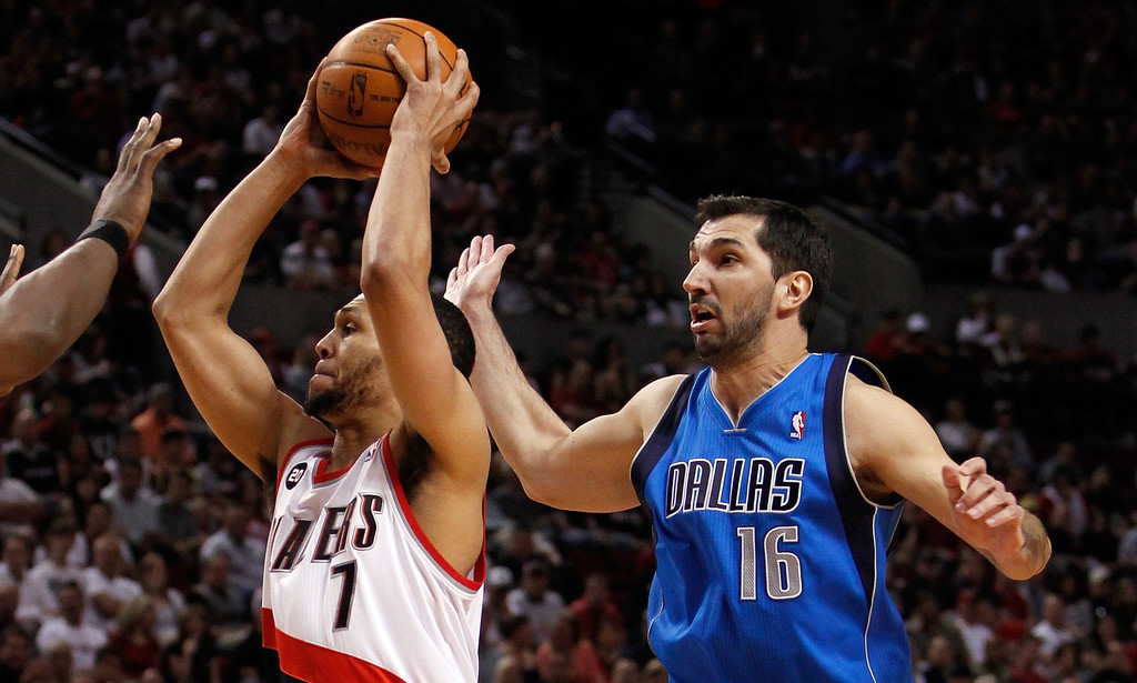 Portland Trail Blazers take on the Dallas Mavericks
