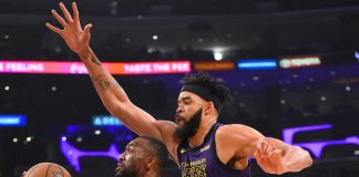 Charlotte Hornets at Los Angeles Lakers - Live in VR